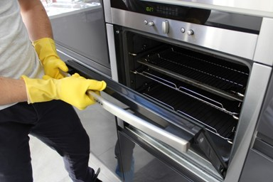 Deep oven cleaning Canary Wharf